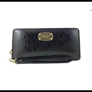Michael Kors leather black zip wallet